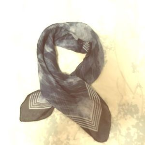 "Blue Square 20""x20"" scarf"